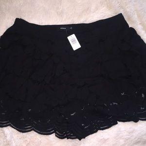 women's plus size flowy shorts